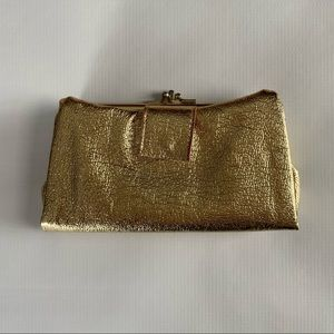 vintage gold wallet - lots o' compartments